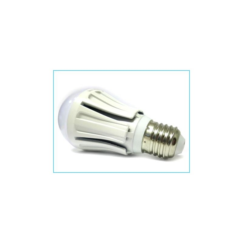 Lampada led e27 a60 bulbo 10w for Lampade e27 a led