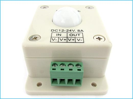 Plafoniere A Led Con Sensore Di Presenza : Sensore di movimento per luci led con pir rilevatore